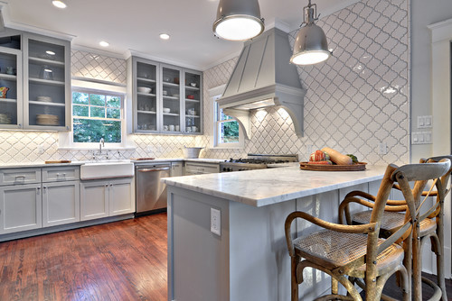 arabesque-tiles-kitchen