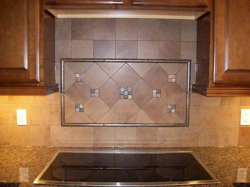 backsplash-same-tiles