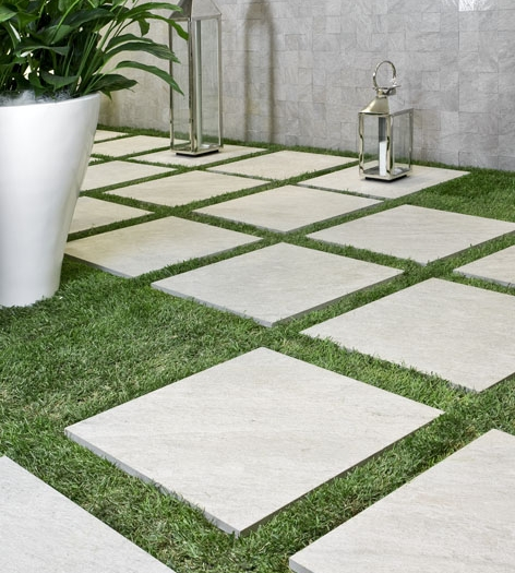 How to Apply Tiles Outdoors