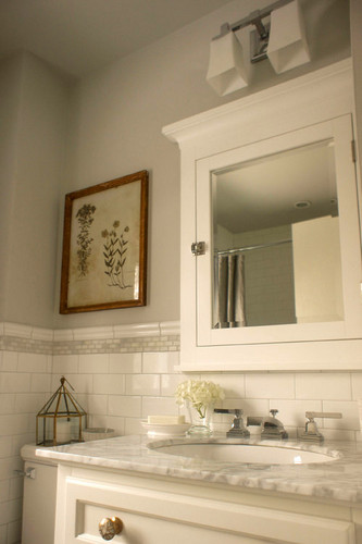 4 Bathroom designs with subway tiles