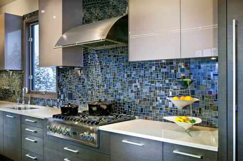 Glass tiles backsplashes