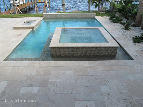 Travertine, a natural stone for more sophisticated tastes