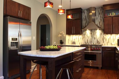vertical-pattern-kitchen